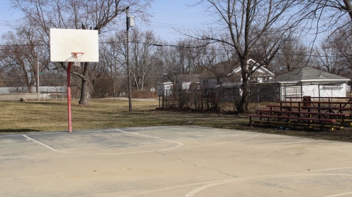 Basketball court in Morning Side Park